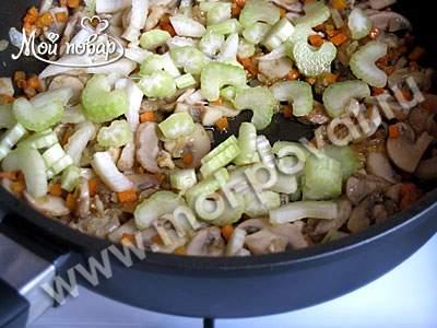Суп с чечевицей и шампиньонами - рецепт пошаговый с фото