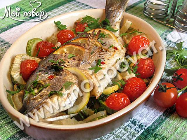 макароны с помидорами и кабачком